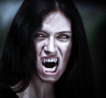 Box-vampire-baring-fangs-min